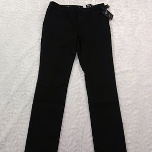 🌹 Black Mid Rise Straight Black Jeans Sz 6
